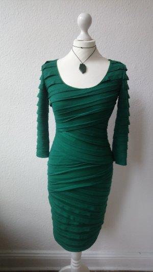 Waldgrünes, langärmliges Kleid, figurbetont geschnitten, im Lagen-Look