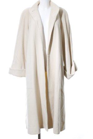 Wallis Abrigo de lana blanco look casual