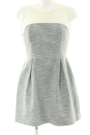Warehouse vestido de globo gris claro-blanco puro moteado look casual