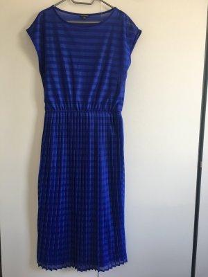 Warehouse blaues Kleid mit Plisseefalten NEU