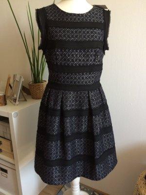 Warehouse Kleid 38 M neu Tweed Boucle Chiffon dunkelblau schwarz mit Etikett Frühling Sommer