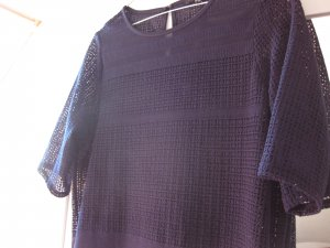 Warehouse Kleid mit Lochmuster, dunkelblau, 36