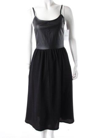Warehouse Midi Dress Black