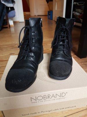 Nobrand Desert Boots black