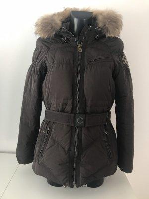 Warme Daunenjacke mit Pelz, Mütze und Gürtel/Wintermantel