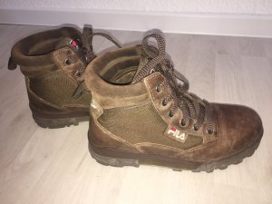 Warme FILA Tracking Outdoor Schnürschuhe in Gr.41,5
