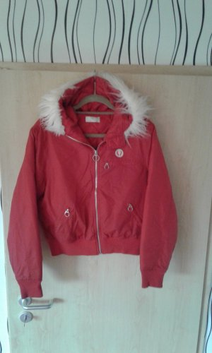 Warme Fred Perry Winterjacke