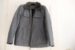 Warme, graue Winterjacke von Esprit, Größe M
