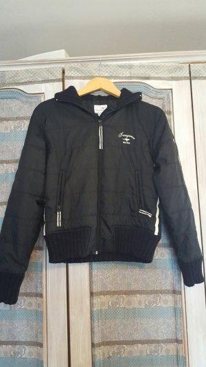 Warme Jacke der Marke KangaRoos Gr 36