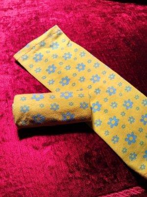 Puño amarillo oscuro-azul aciano
