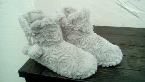 Warme Teddy-Fell-Hausschuhe