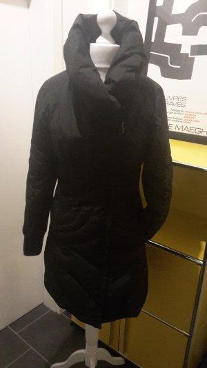 Warme und figurbetonte Winterjacke