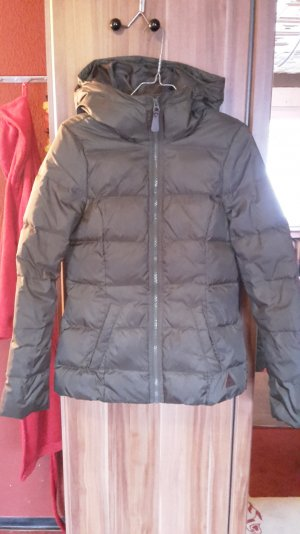 Warme Winterdaunenjacke