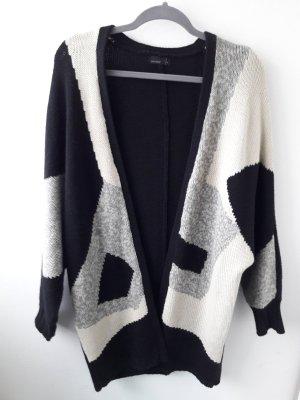 warmer Cardigan/Strickjacke, Aztec, geometrisch, oversize, schwarz/weiß, 80er