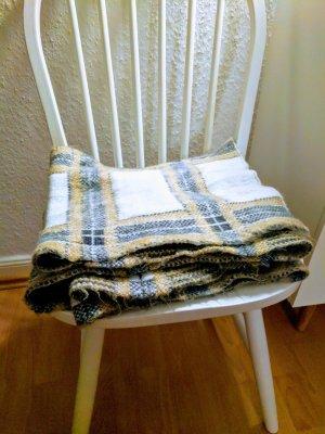 Warmer extra langer Flausch Schal