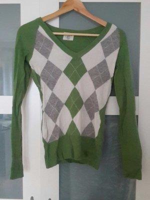 warmer Pullover für Herbst- und Wintertage