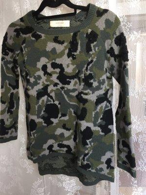 warmer Pullover mit Perlendetails