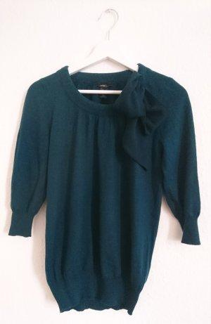 warmer Pullover mit zarter Schleife