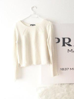 Warmer Pullover Weiß