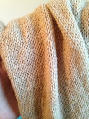 Snood light brown wool