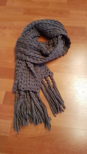 Knitted Scarf dark grey