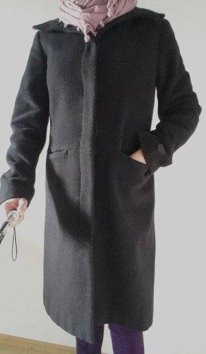 Warmer Wintermantel aus Wolle und Kaschmir