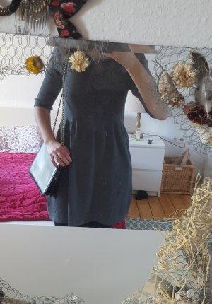 Warmes elegantes Kleid von Betty Barclay