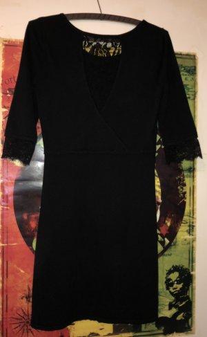 Warmes spitzen Kleid
