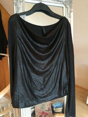 Wasserfall Shirt mit Materialmix in schwarz und grau von Guess