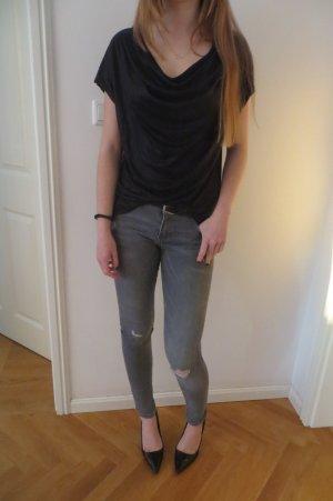 Wasserfallausschnitt T-shirt in Schwarz/Metallic