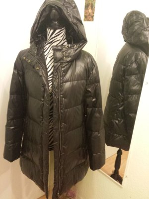 Wattierter Mantel in schwarz von Strenesse (Gabriele Strehle)