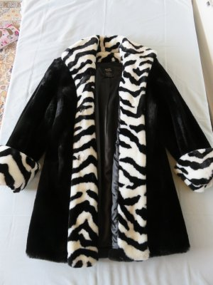 Dennis Basso Fake Fur Coat black-white