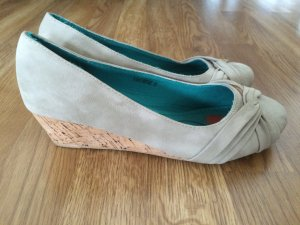 Wedge Pumps Gr 37 beige *NEU*