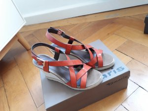Wedge-Sandalen in orange