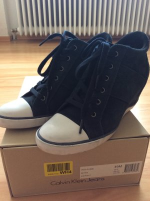 Wedge Sneaker Wildleder