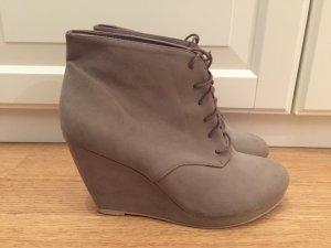Wedges Boots Stiefel Stiefeletten Keilabsatz Grau H&M