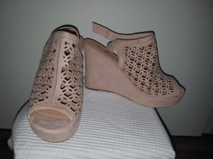 Wedges in Rosa mit Gold Applikationen