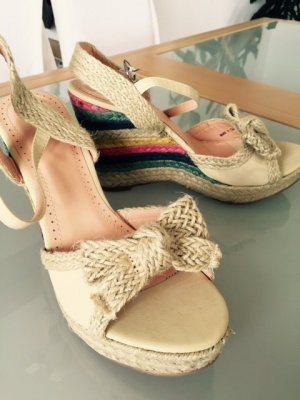 Wedges , Neu von Anna Fields