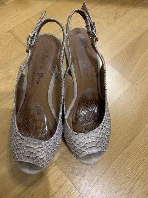 Alma en Pena Wedge Sandals gold-colored