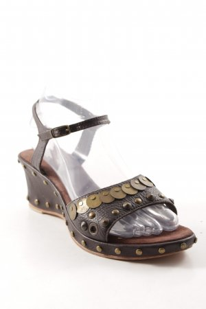 Wedges Sandaletten braun Casual-Look
