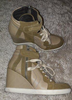 Wedges Sneakers v. Buffalo London, Gr.40