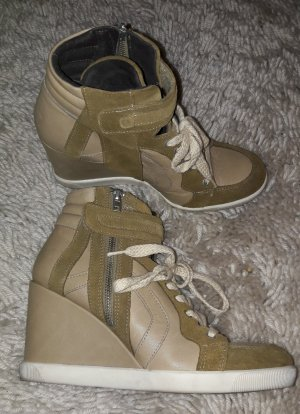 Wedges Sneakers v. Buffalo London, Gr.40