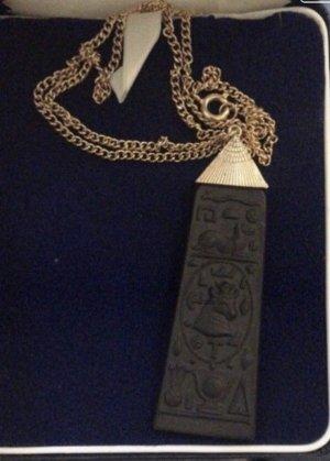 Chain black-gold-colored