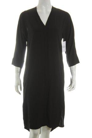 Weekday Hemdblusenkleid schwarz minimalistischer Stil