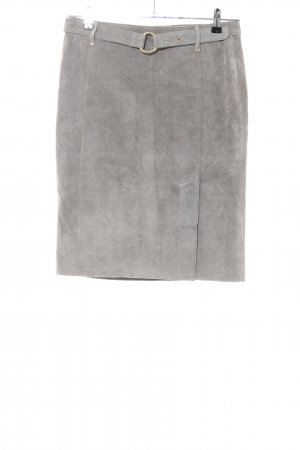 Weekend Max Mara Leather Skirt light grey casual look