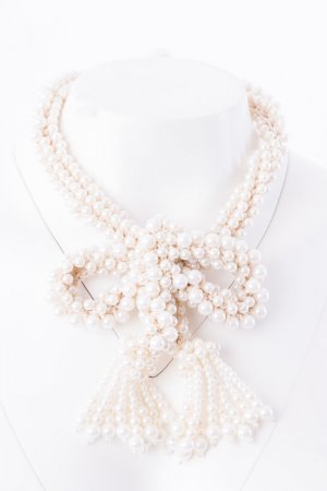 WEEKEND MAXMARA - Perlenstatementkette mit Schleife Weiß