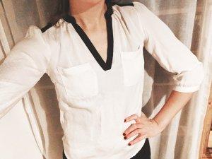 weiche 3/4-Arm Bluse mit Taschen und Schulterraffungen in schwarz-weiß Gr. S H&M