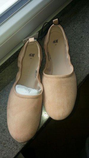Weiche Ballerinas von H&M, neu