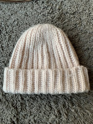 Zara Knitted Hat pink