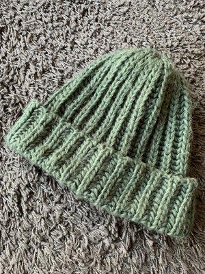 Zara Cappello a maglia grigio-verde-verde oliva